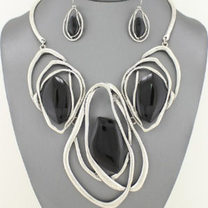 Black Enamel Necklace Set